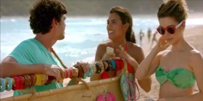 Havaianas vem com tudo: Samba, verão, praia e Sandy
