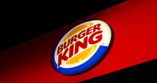 Burger King anuncia parceria com iFood e SpoonRocket e inicia serviço de entrega no Brasil. A estratégia de Marketing amplia a conveniência e comodidade, possibilitando uma nova forma de ponto de contato com os consumidores.